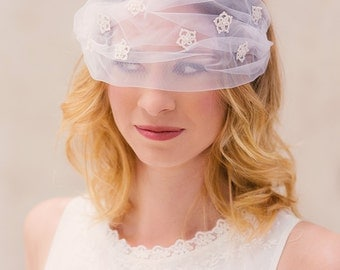 Bridal blusher tatting flowers Charlotte veil headdress frivolité lace