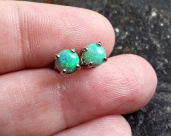 Pair of Green Fire Opal (5mm) Stone Earrings 316L Surgical Steel Post Studs Jewelry