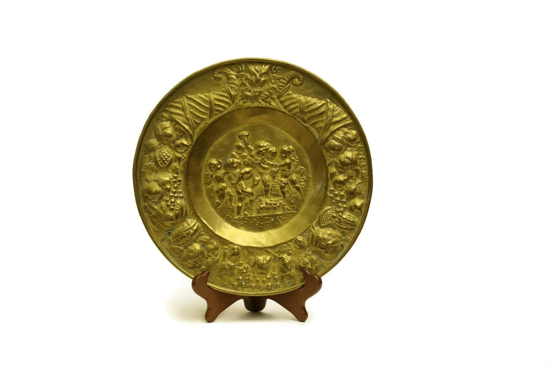 Decorative Wall Plates Nz : Antique brass cherub wall plate french