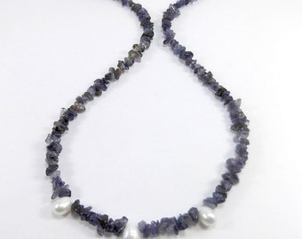 Iolite Necklace, Purple Necklace, Pearl Necklace, Freshwater Pearls, Gemstone Necklace, Healing Jewelry, Chakra Jewelry, Iolite Jewelry