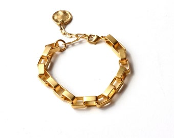 Statement Gold bracelet