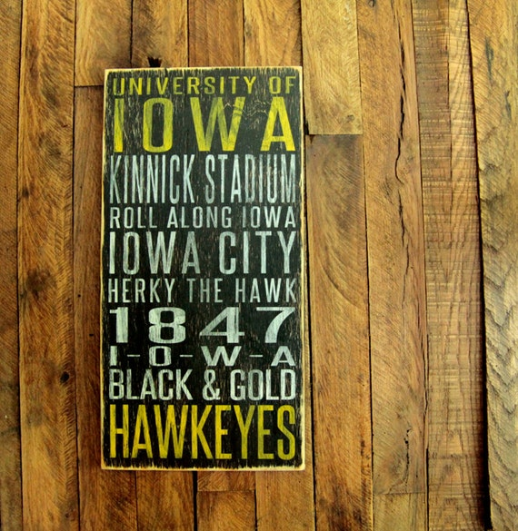 University of Iowa Hawkeyes Distressed Wood Sign-Great Father's Day Gift!