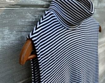Preppy Sleeveless Striped Turtleneck