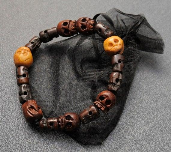 dean winchester s skull bracelet supernatural by spookyisland