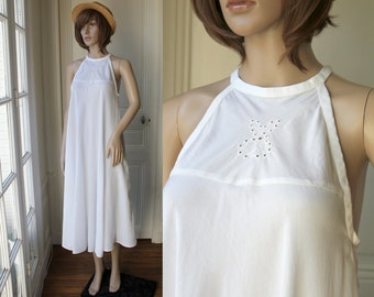 DISCOUNT // Long halter dress white maxi dress summer 70s vintage dress romantic boho bohemian loose pure white cherries embroidery - Size M