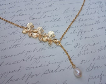 Gold orchid lariat necklace with freshwater pearl