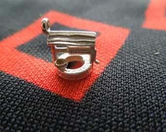 Vintage Wishing Well Charm Sterling Silver Charm for Bracelet from Charmhuntress 02072
