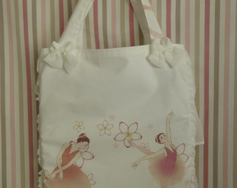 Odette Tote Bag in offwhite with ballerina print