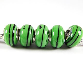 1x Murano Glass Beads - Green With Black Swirl - Large Hole - Lampwork Beads - Fits European -  A84