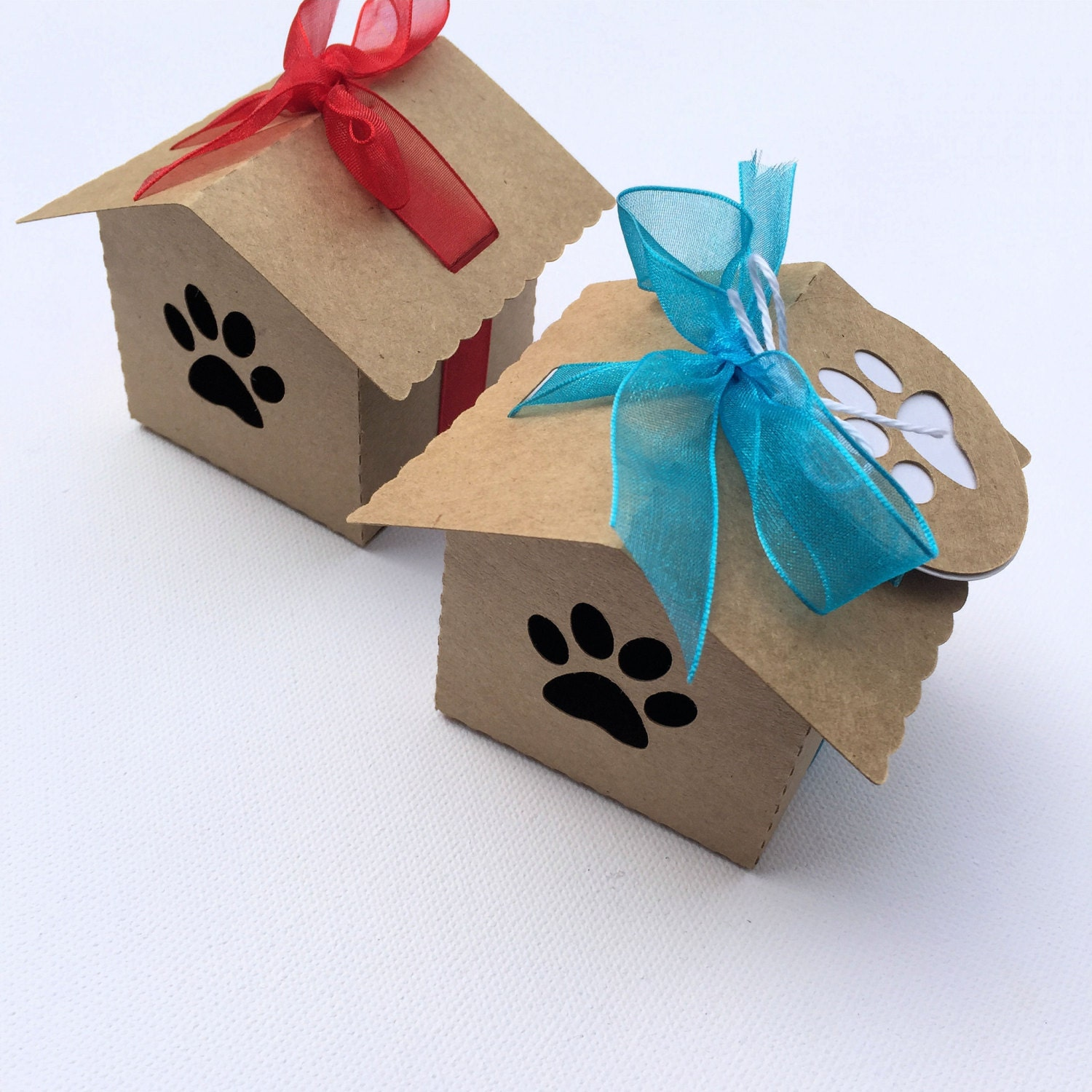Kraft dog paw dog house gift boxes party favors. Pet lover
