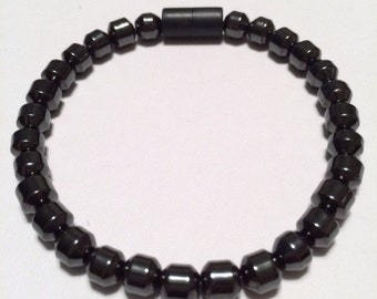 Mens Magnetic Bracelet with magnetic clasp and magnetic beads