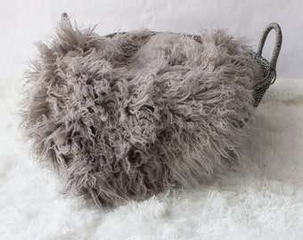 Large..Curly Grey / Gray Faux Fur, Newborn Baby Photo Prop, Faux Fur, Flokati Look, Faux Sheep Fur, Luxury Photo Prop,