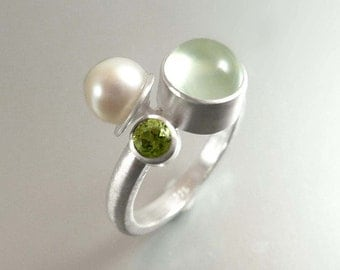 Silver ring with Peridot, Pearl and Prehnit - handmade by SILVERLOUNGE