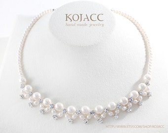 Simple 13 pearl linked necklace  / for party and wedding / silver with cream pearl