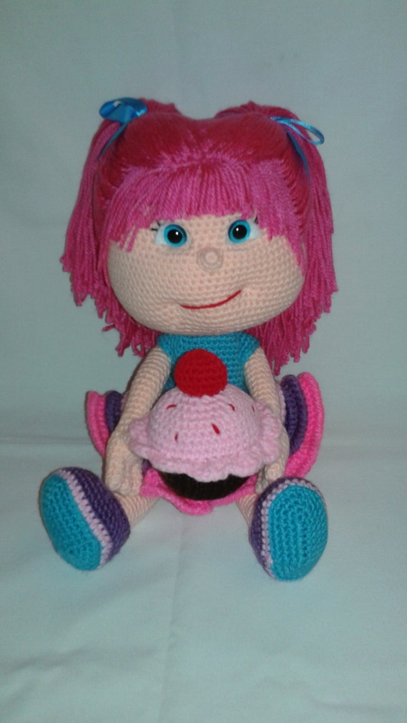KATE Crochet Amigurumi Doll with Cupcake and 1 Chocolate Chip
