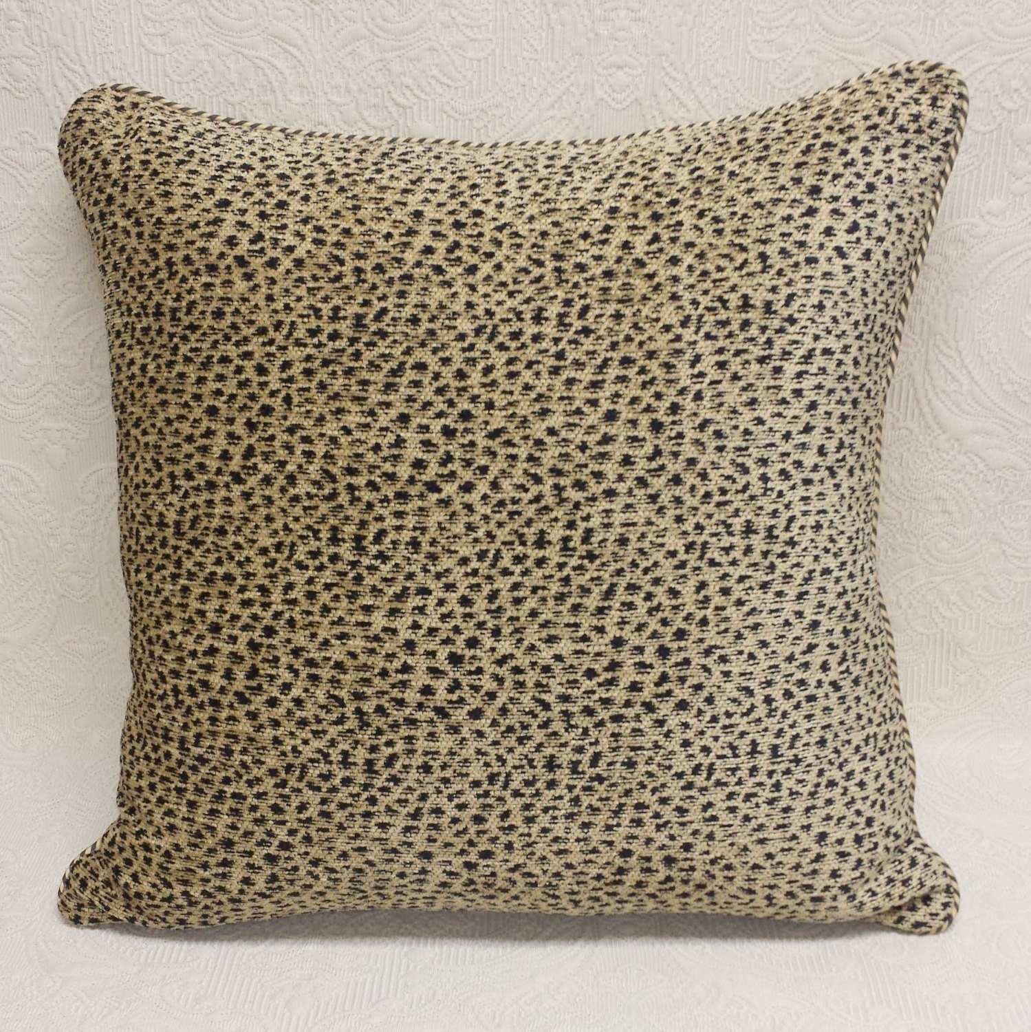 Leopard Chenille Pillow Cover With Silk Striped Pipe Cord:
