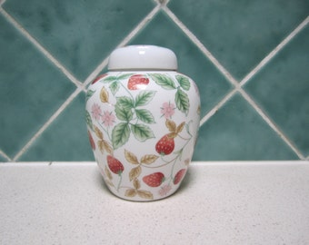 Very Pretty Vintage Ginger Jar - Strawberries and Blossoms