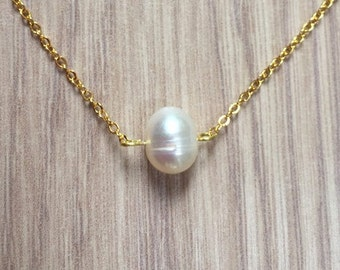 Single pearl necklace! Gold pearl necklace, bridesmaids gifts, fresh water pearl, pearl pendant, bridal necklace, everyday jewelry