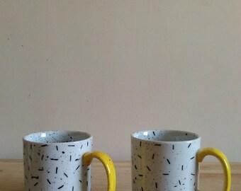Double Trouble EL-AICH Mug Duo in Yellow