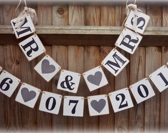 Mr & Mrs Banner/ Save The Date/Bridal Shower/Wedding Banners/Photo Prop/ Mr and Mrs Sign/Garland/Rustic wedding reception/barn wedding decor