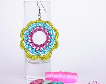 Crochet earrings green blue purple // Big round earrings // Flower earrings // Colorful jewelry // Statement earrings // Crocheted jewelry