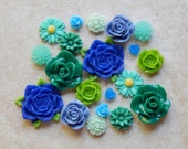 20 Pieces Assorted Victorian Cottage Resin Flower Cabochons- 10 Matching Pairs (Lot #64)