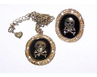 Skull & Crossbones Ring and Pendant Set - Big 1980s BliNg - Abbey Dawn