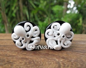 "White Octopus on Black Plugs Pyrex Glass One Pair - 00g 7/16"" 1/2"" 9/16"" 5/8"" 3/4"" 1"" 9.5 mm 10 mm 12 mm 14 mm 16 mm 18 mm 20 mm 25 mm"