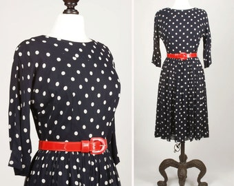 vintage 1960s dress <> late 1950s/early 1960s navy blue dress with white polka dots <> 50s/60s polka dot dress