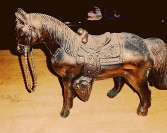 Pewter Horse 4.5 x 6. ADORABLE collector's item.
