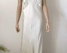 Vintage 1930's Pastel Green Bias Cut Silk Nightgown...Wedding Lingerie...Bridal Wear...Honeymoon Lingerie
