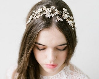 Crystal Headpiece, Gold Wedding Halo, Wedding Halo, Bridal Halo, Wedding Headpiece, Bridal Headpiece, Jewelled Halo-Delphine