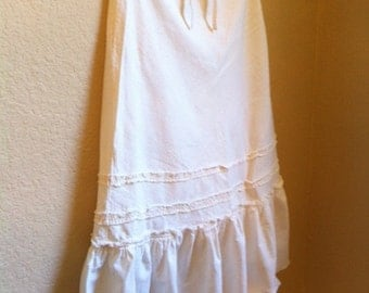 White Cotton Skirt With A Drawstring Waist