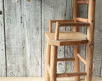 Rustic Log Doll Chair~ Primitive Vintage Toy High Chair, Vintage Hand Made Doll Log Furniture. Doll Collection Display Prop  /0259