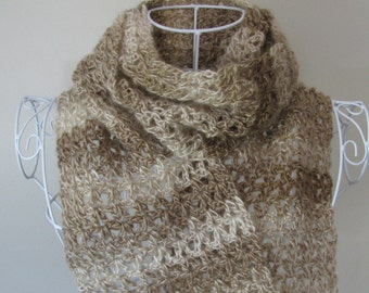 Scarf traditional right//Lace scarf//Wool scarf // Cappuccino