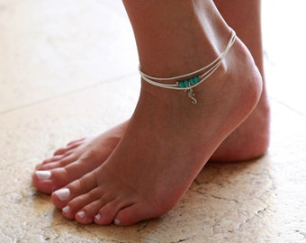 White Anklet - White Ankle Bracelet - Beaded Anklet - Foot Jewelry - Foot Bracelet - Layered Anklet - Summer Jewelry - Beach Jewelry