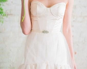 Wedding Sash, Rhinestone Clasp Bridal Belt, Velvet Wedding Dress Sash, Boho Glam Wedding Belt - White, Ivory, or Silver Gray