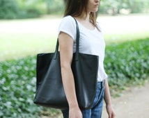 LILA - Leather Tote Bag - BLACK