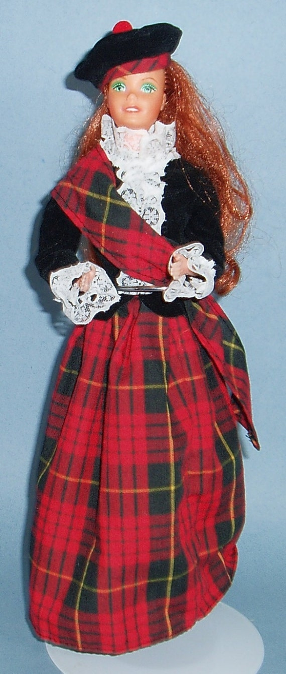"""Vintage Dolls of The World """"dolls of The World"""" 1st"""