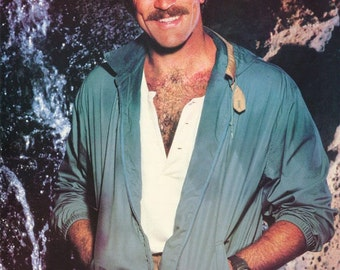 Tom Selleck Magnum PI 1982 Rare Poster