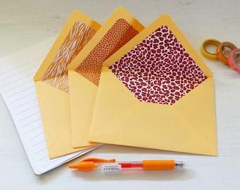 A colorful letters kit - 3 envelopes + 6 paper sheets