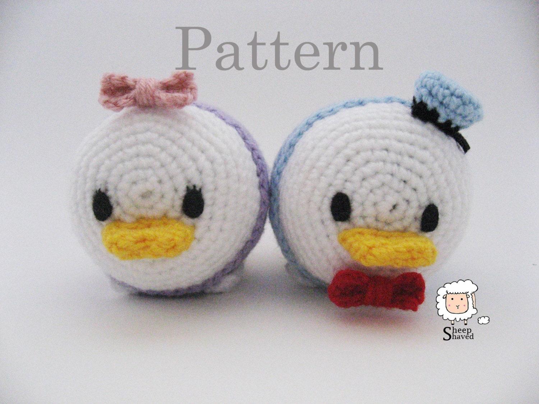 Donald Duck Amigurumi Pattern : Crochet Donald and Daisy Duck Tsum Tsum Pattern