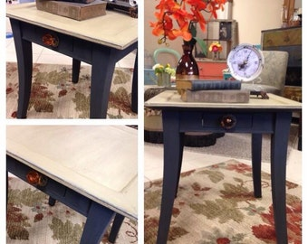 Adorable accent side table