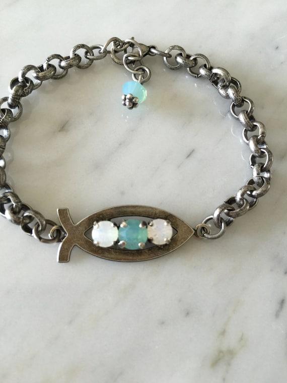 Fish Symbol Opal Crystal Woman's Bracelet