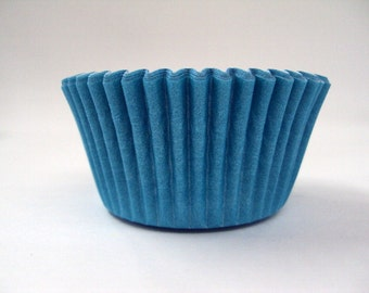 32 Light Turquoise Baking Cups