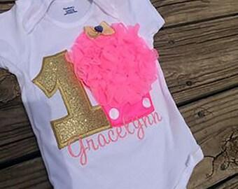 1st Birthday Gold cupcake/polka dots Onsie/Shirt