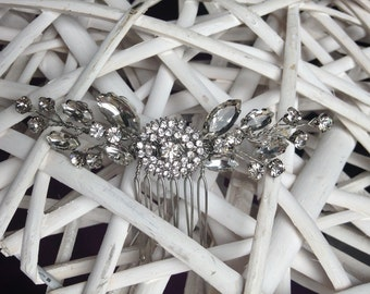 Delicate diamante hair comb, bridal hair comb, wedding hair comb, bridal headpiece, bridal accessories, sparkling hair comb