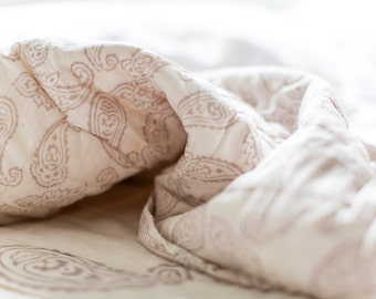PAISLEY - Luxury REVERSIBLE QUILT Handcrafted Muslin Cotton
