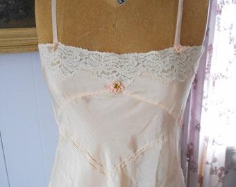 1920-30's Flapper/lingerie/boudoir soft Peach Silk/Ecru Lace Teddy with Satin Rosette