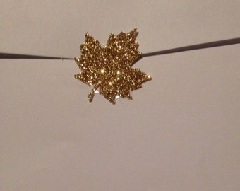 "Shimmery Gold Glitter Maple Leaf Seals - 1"" in Size Lot Of 25"